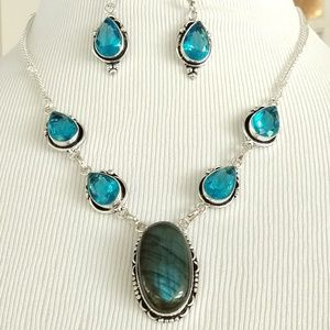Labradorite blue topaz necklace and earrings set